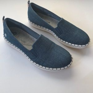Clark's Cloud Steppers navy denim slip on shoes